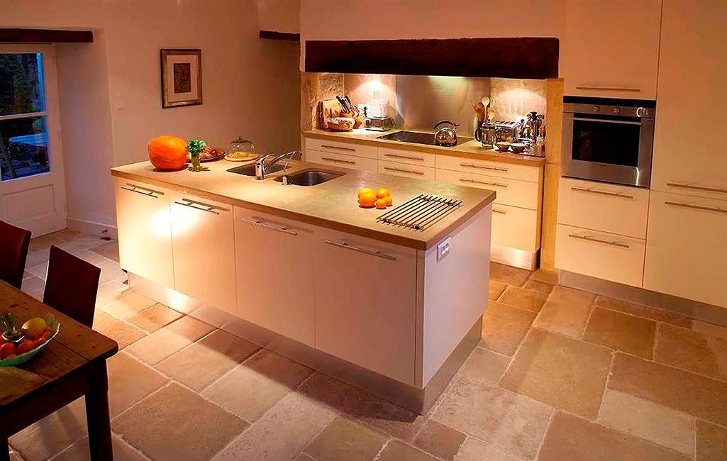 natursteine antike fliesen f r die k che von topceramic. Black Bedroom Furniture Sets. Home Design Ideas